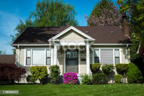 istock American craftsman house 178559422