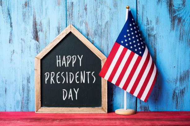 americano bandeira e texto presidentes feliz dia - presidents day - fotografias e filmes do acervo