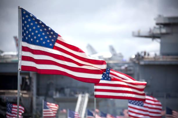american flags in a row - fourth of july стоковые фото и изображения