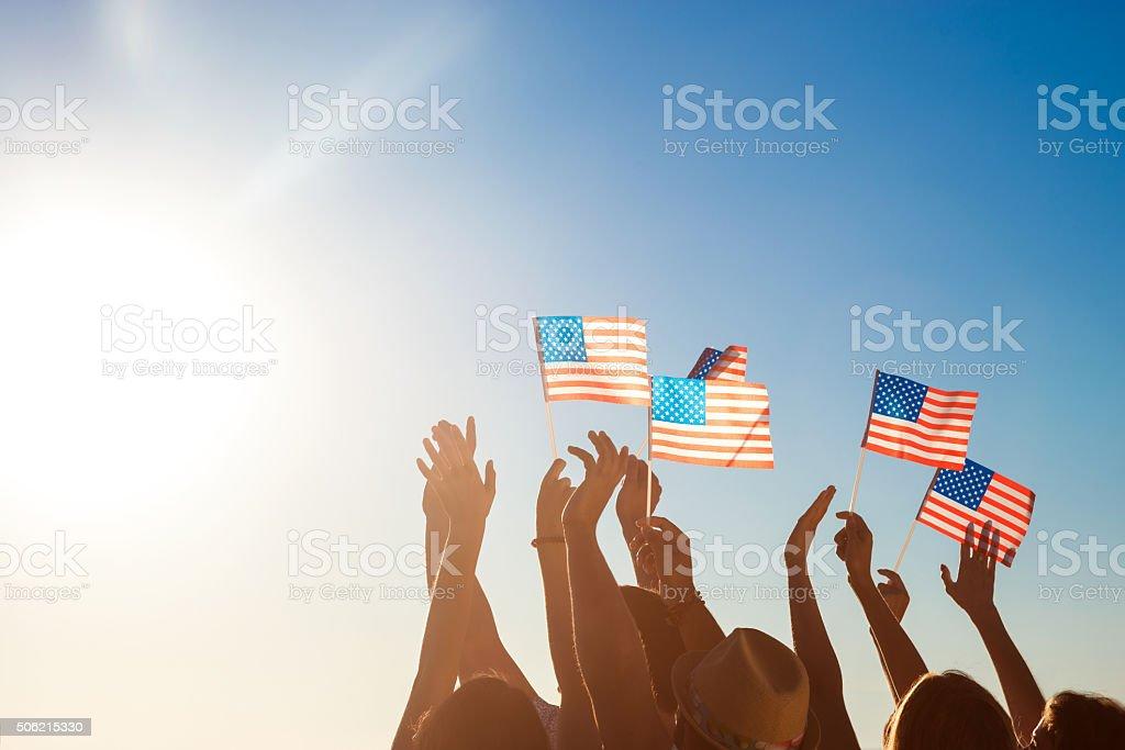 American flags. Patriots de América. - foto de stock