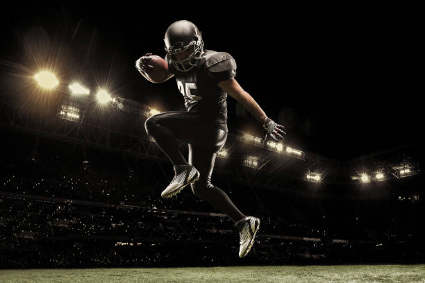 18,876 American Football Player Stock Photos, Pictures & Royalty ...