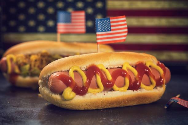 Amerikanische Hotdog für 4. Juli – Foto