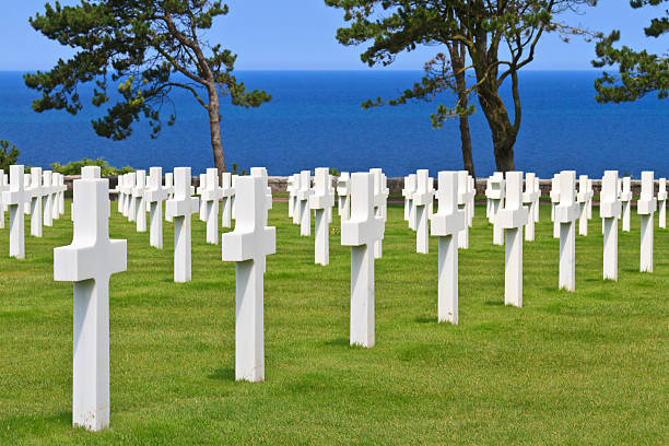 American military cemetery near Omaha Beach, Normandy American War Cemetery near Omaha Beach, Normandy (Colleville-sur-Mer) normandy stock pictures, royalty-free photos & images