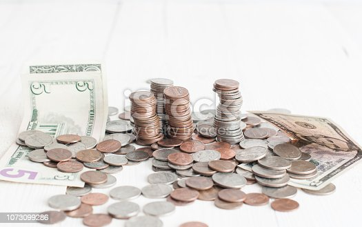 488389267istockphoto American money change 1073099286