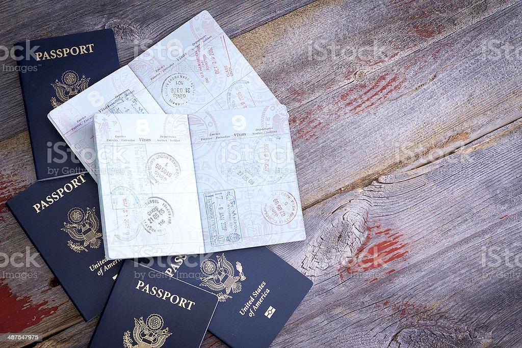 アメリカのパスポートスタンプを開ける ストックフォト