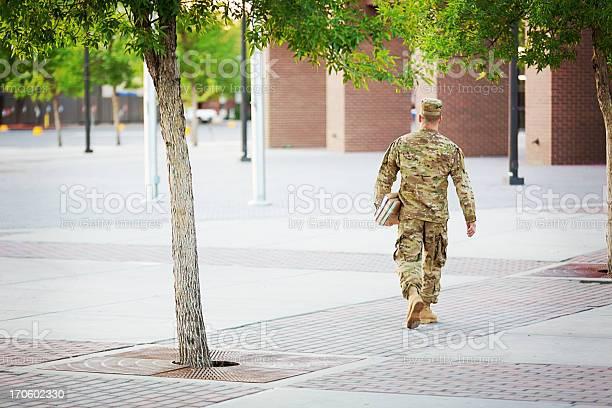 American soldier with books picture id170602330?b=1&k=6&m=170602330&s=612x612&h=wjwsue7lrobemvrp4yxoxxfwm51vrz5 rqpsqrsmfqa=