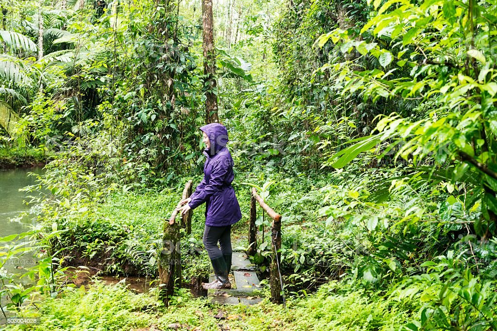 American Woman コスタリカの熱帯雨林にも自然にエコの旅 ストックフォト