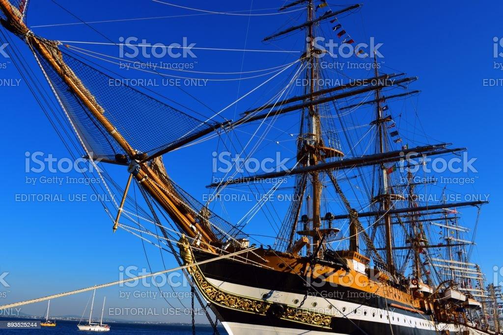 Amerigo Vespucci, a tall ship of the Italian Navy, Lisbon, Portugal - foto stock