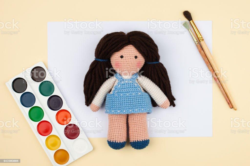 Ravelry: Interchangeable Doll Hair pattern by Irene Kiss | 682x1024