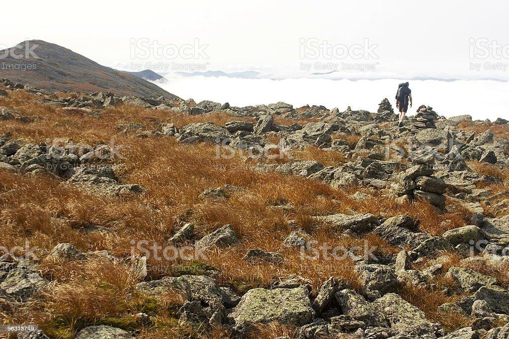 Among clouds - Royaltyfri Berg Bildbanksbilder