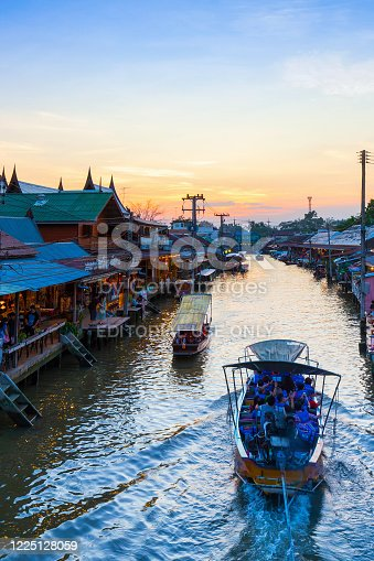 AMPHAWA , DECEMBER 16 : Amphawa market canal, the most famous of floating market at twilight time and cultural tourist destination on December 16, 2018 in Amphawa ,Samut songkhram Thailand.