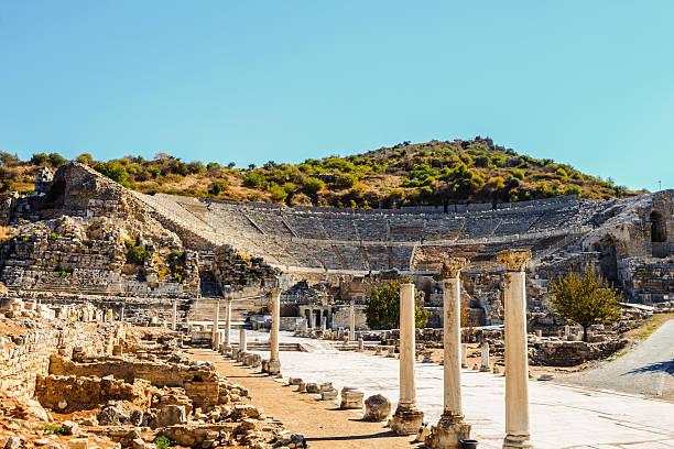 Amphitheater Amphitheater in ancient ephesus, turkey ephesus stock pictures, royalty-free photos & images