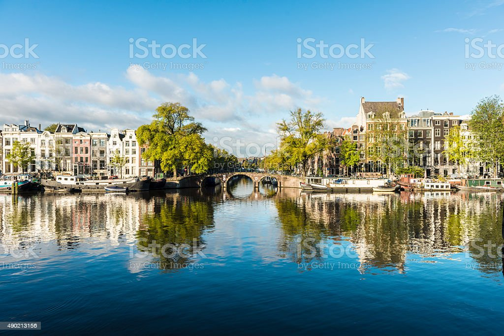 Amstel Canal Houses in Amsterdam Netherlands foto