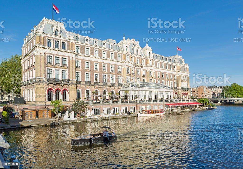 Amstel en Amsterdam, Países Bajos foto de stock libre de derechos