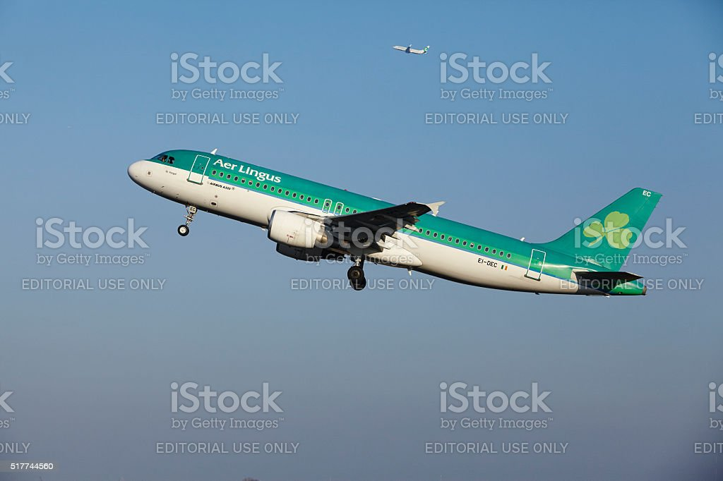 Amsterdam Airport Schiphol - Aer Lingus Airbus A320 takes off stock photo