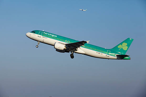 Amsterdam Flughafen Schiphol-Aer Lingus Airbus A320 nimmt – Foto