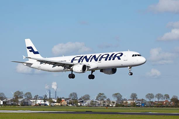 Amsterdam Airport Schiphol-Airbus 321 des Finnair lands – Foto