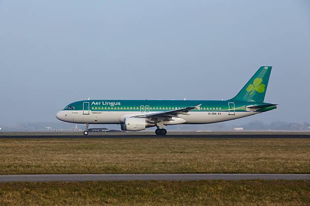 Amsterdam Flughafen Schiphol-Airbus A320 der Aer Lingus beginnt – Foto