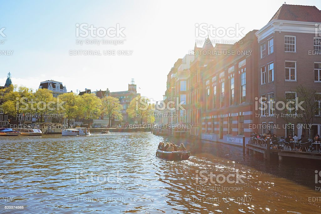 Amsterdam canal and traditional houses, Netherlands foto de stock royalty-free
