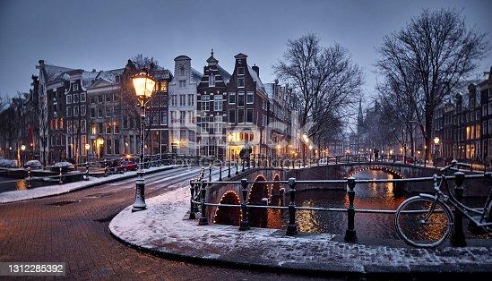 istock Amsterdam in snow 1312285392