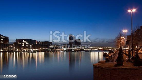 Java-eiland skyline at twilight, Amsterdam, The Netherlands
