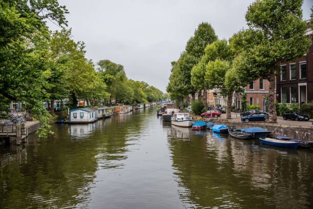 Amsterdam Netherlands Canal on a Summer Day - foto stock