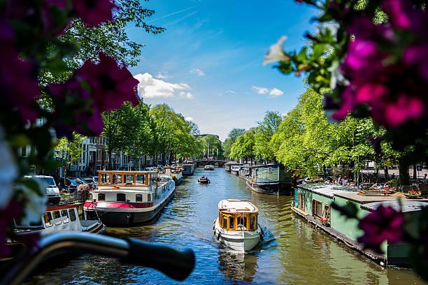 amsterdams life - keizersgracht stockfoto's en -beelden