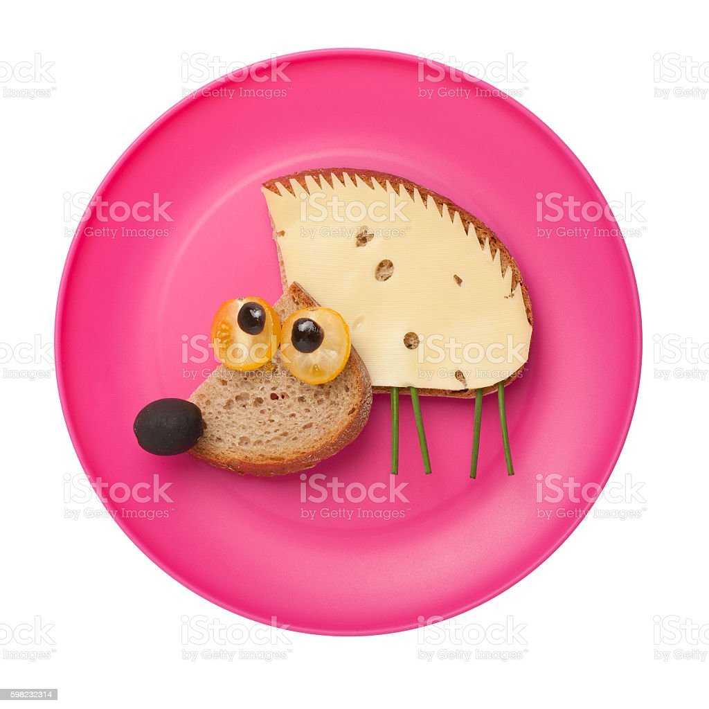 Amusing hedgehog made of bread and cheese foto royalty-free