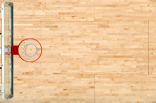 an aerial view of a basket rim and the floor - speelveld stockfoto's en -beelden