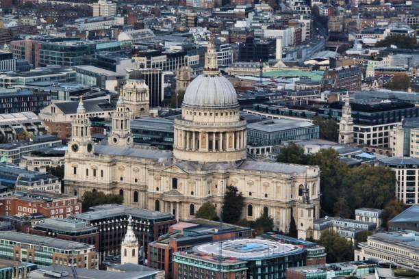 en flygfoto över st paul's cathedral - paul simon bildbanksfoton och bilder