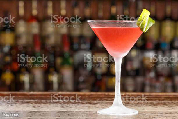 An alcoholic cosmopolitan cocktail is on the bar space for text picture id890771104?b=1&k=6&m=890771104&s=612x612&h=14 e2i ukeaw6 yyr9s7aqmvbzq4rex88ue6udies5e=