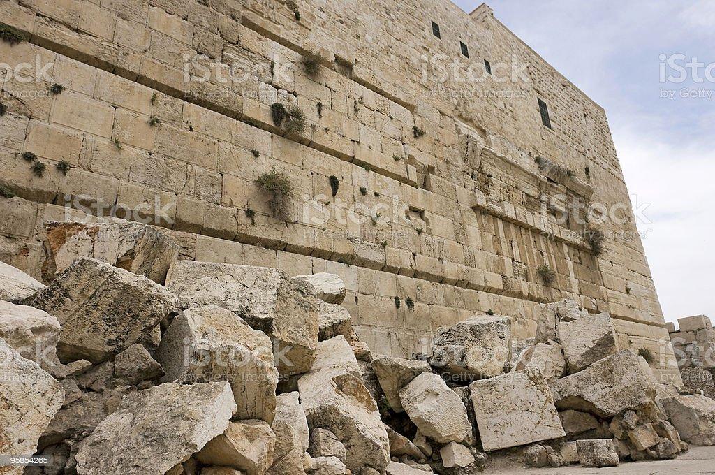 ESO Fashion   Rubble Pile, Ancient Stone (Elder Scrolls ...   Ancient Rubble Stone