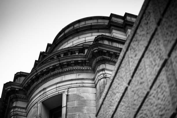 古風な建物。 - 日本銀行 ストックフォトと画像