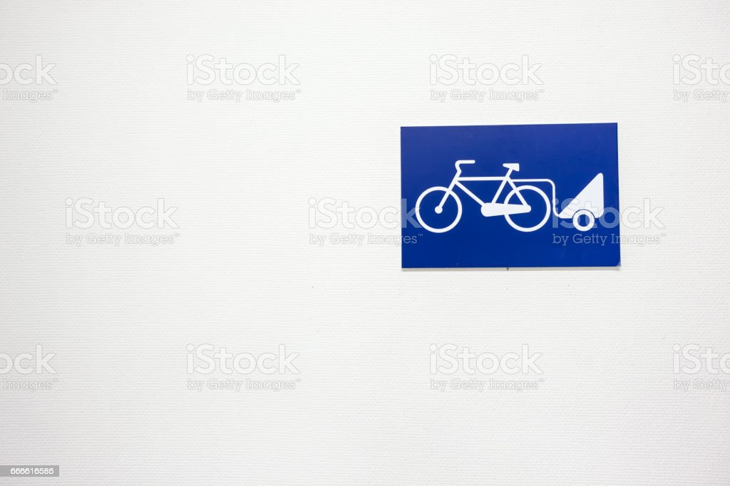 An cargo bike sign - foto de acervo