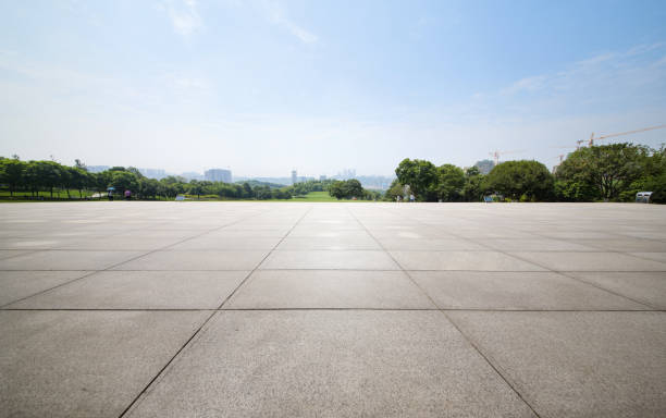 An empty floor in a city park An empty floor in a city park town square stock pictures, royalty-free photos & images