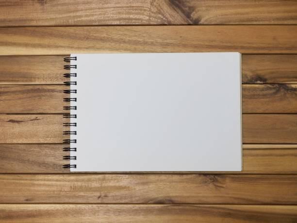 ein schulheft, skizzenbuch, leerzeichen, einfügen - planner inserts stock-fotos und bilder