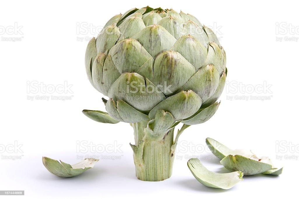 Une image de l'artichaut et feuilles sur fond blanc - Photo