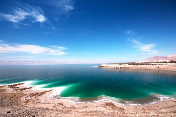 widokiem na morze martwe - morze martwe zdjęcia i obrazy z banku zdjęć