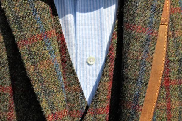ein bild des tweed-jacke - modedetails stock-fotos und bilder
