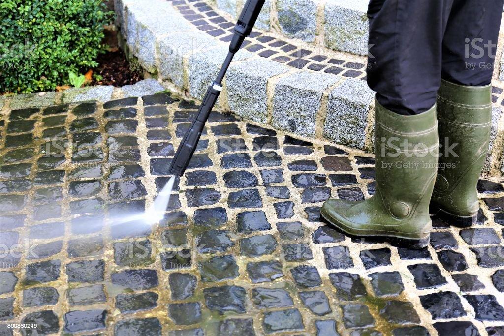 Une Image de passerelle nettoyage - haute pression nettoyeur - Photo