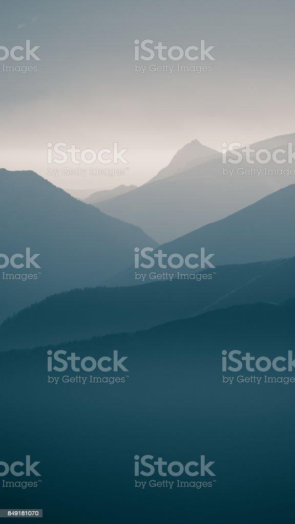 72ae1fc38 Foto de Uma Inspiradora Paisagem De Montanha Em Tatry Eslováquia ...