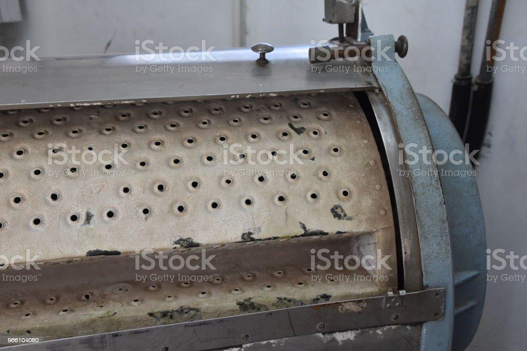 An old laundry drum - Стоковые фото Без людей роялти-фри