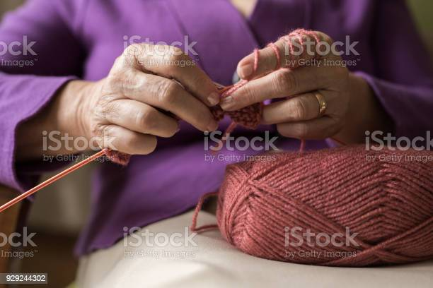 An old women knitting picture id929244302?b=1&k=6&m=929244302&s=612x612&h=yq0ufgugoc3kstn7dsjx7nxh9dgis5u8qdfpz3aq9gy=