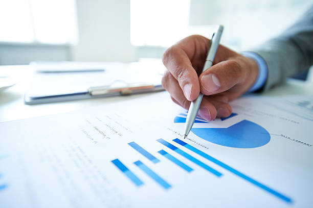 analyzing market - market research stock photos and pictures