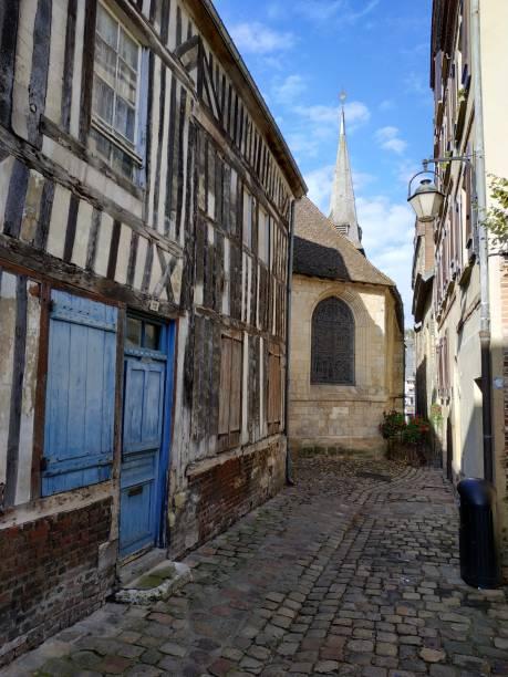 Antike Architektur der Normandie und Frankreichs in Honfleur – Foto