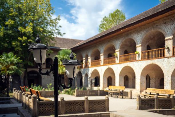 ancient caravanserai hotel in the old town, shaki city, azerbeidzjan - karavanserai stockfoto's en -beelden