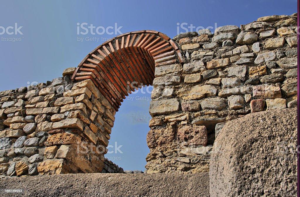 Antike Ruinen stone arc – Foto