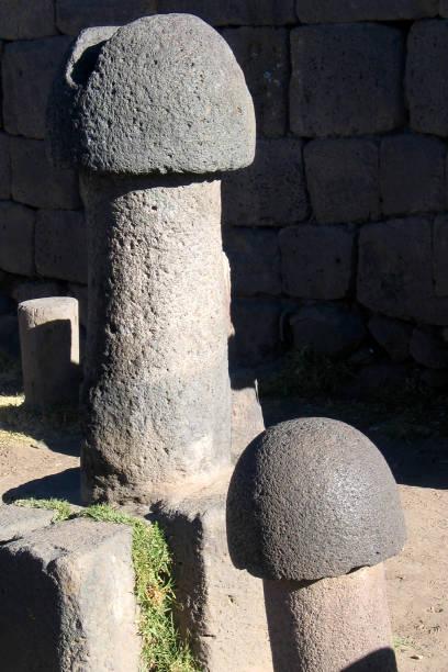 Alten Fruchtbarkeit Statuen (Penis) in Pisac, Peru – Foto