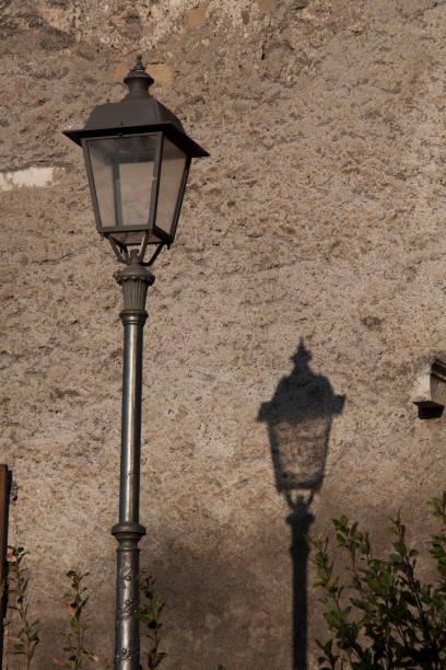 ancient fountain in tivoli, italy - batalina italy стоковые фото и изображения