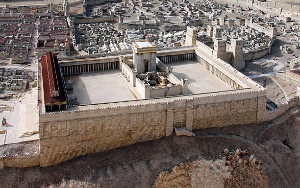 ancient jerusalem and second temple - jeruzalem stockfoto's en -beelden